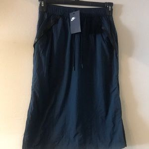 Nike Women's Tech Hypermesh Sportswear Skirt